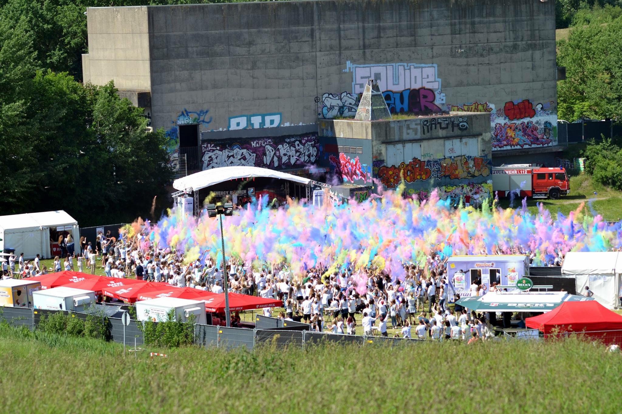 Und hier noch weitere Eindrücke vom Holi Fest am Osternburger Utkiek.