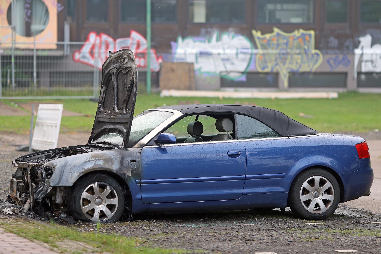 Erneut drei Fahrzeuge in Oldenburg angezündet